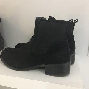 women boots 8